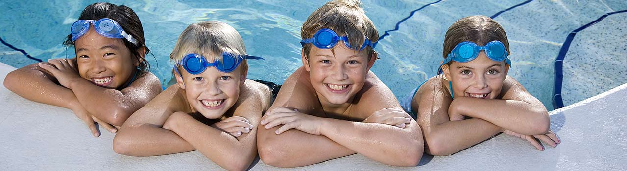 Fareham Swim School providing safe swimming lessons for children across Southern Hampshire by experienced, qualified swimming instructors